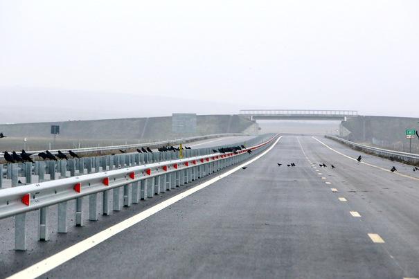 Ministrul Transporturilor Răzvan Cuc promite că loturile 3 şi 4 ale autostrăzii Lugoj - Deva vor fi deschide peste două săptămâni