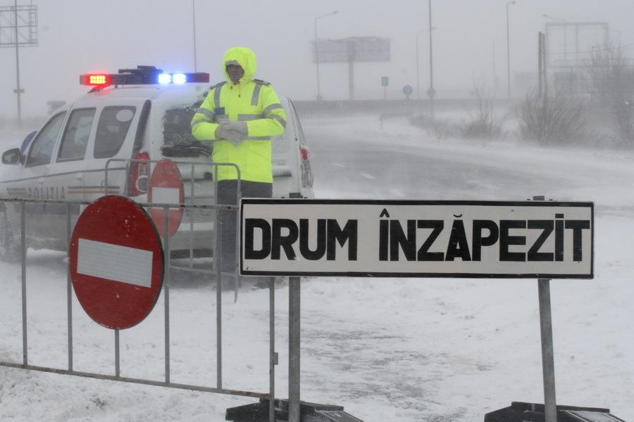Deja au început avertismentele de ninsoare: Cinci judeţe sub cod galben de vânt şi ninsoare