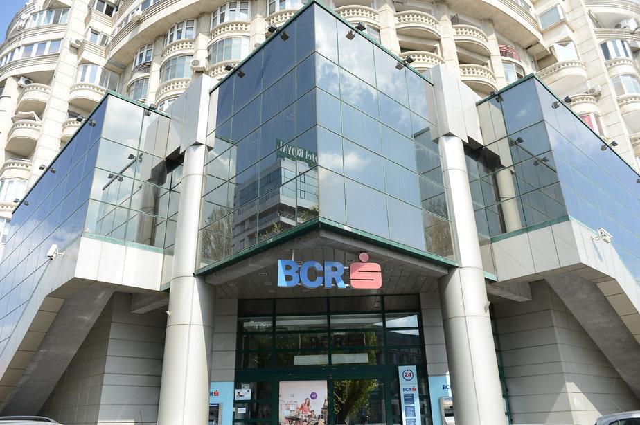 BCR: 15.000 de clienţi au accesat oferta de reducere a ratelor în medie cu 20%