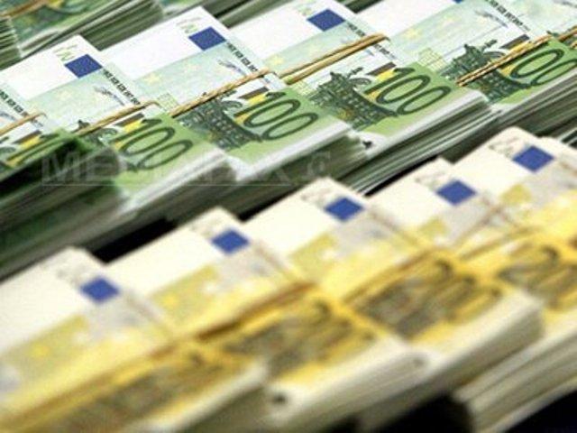 BERD capitalizează băncile greceşti cu 250 de mil. euro. Piraeus şi NBG mai au nevoie de 5,7 mld. euro