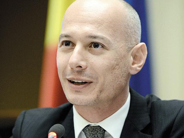 Olteanu, BNR: Băncile ar putea agrea voluntar darea în plată, dar numai în situaţii excepţionale