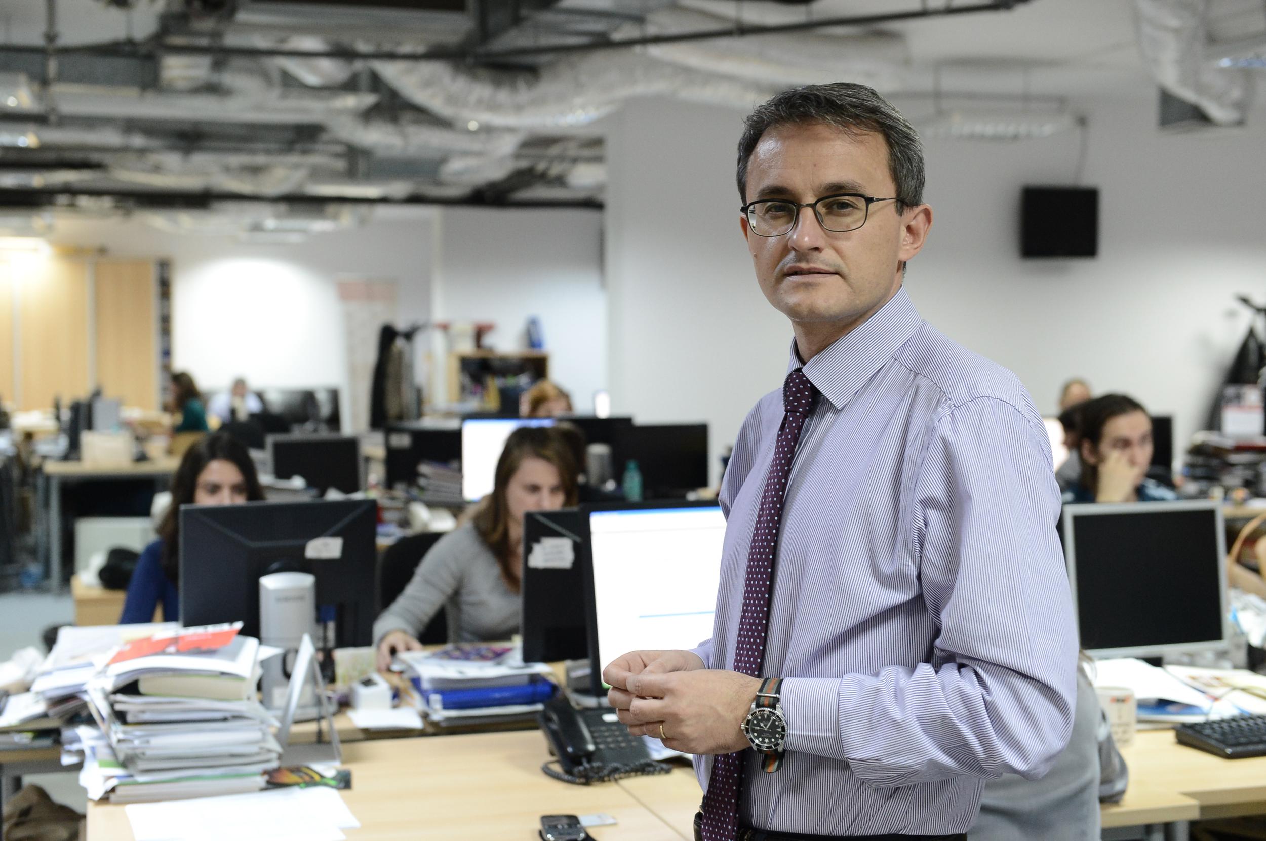 Problema Băncii Naţionale nu este când se va retrage guvernatorul Mugur Isărescu, ci când nu va mai fi domnul Adrian Vasilescu
