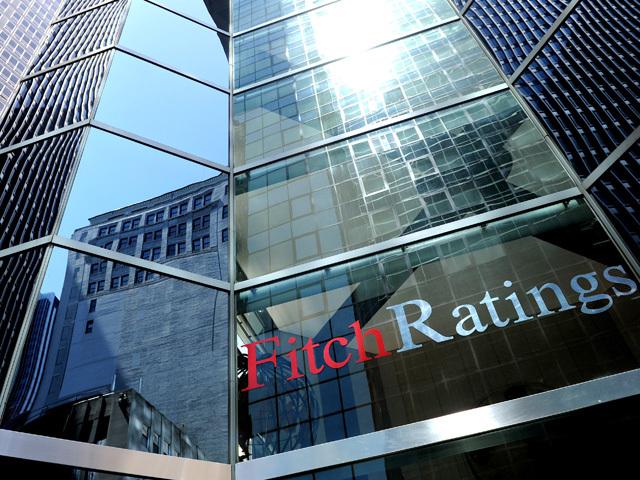 Fitch: Băncile din România sunt bine capitalizate şi profitabile, dar legea dării în plată creează incertitudini