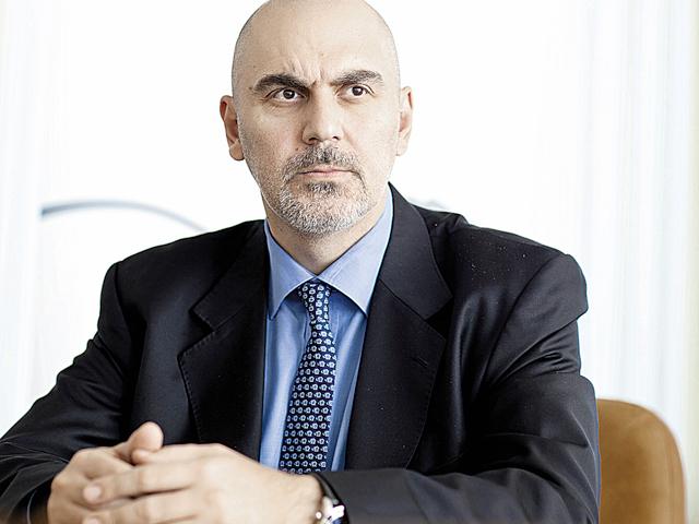 Dan Sandu îi ia locul lui Marco Capellini la conducerea Intesa Sanpaolo România