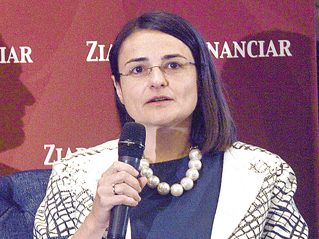 ZF Bankers. Anca Maniţiu, ROCA: Restructurarea financiară trebuie să fie concomitentă cu cea operaţională. Nu toate companiile se pot restructura