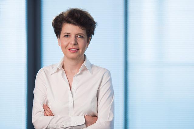 Conducerea NN Asigurări de viaţă din România va fi preluată interimar de Gerke Witteveen după ce Anna Grzelonska, care a deţinut această funcţie în ultimii trei ani, pleacă să conducă operaţiunile din Turcia