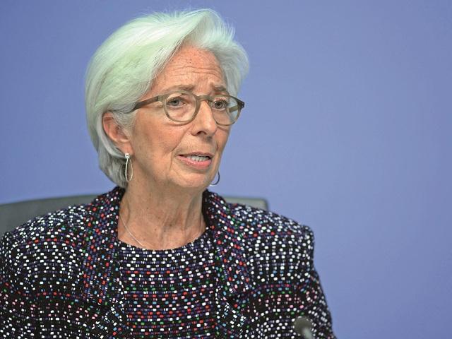 """Christine Lagarde dă de pământ cu bitcoin. Şefa BCE arată cu degetul spre rolul criptomonedelor în activităţile ilegale şi le clasifică drept """"active speculative extrem de volatile"""", similar cu declaraţiile BNR-ului din 2018"""