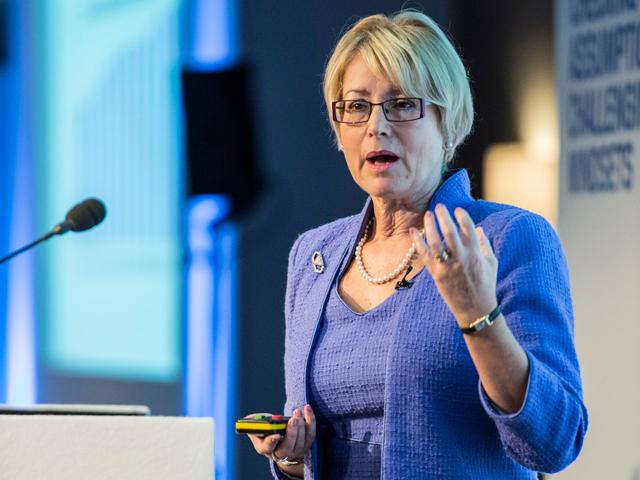 """Vicepreşedinte Allianz Global Investors: O corecţie pe pieţele de capital este inevitabilă. Doar că de data aceasta nu va fi una """"clasică"""""""