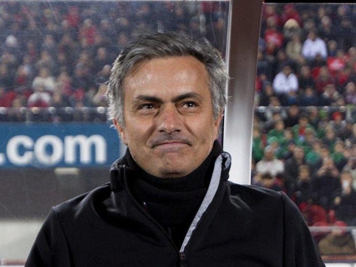 Investitorii sunt în culmea fericirii: Acţiunile clubul de fotbal AS Roma au explodat la bursă, după ce celebrul Jose Mourinho a fost numit antrenorul echipei de către familia Friedkin
