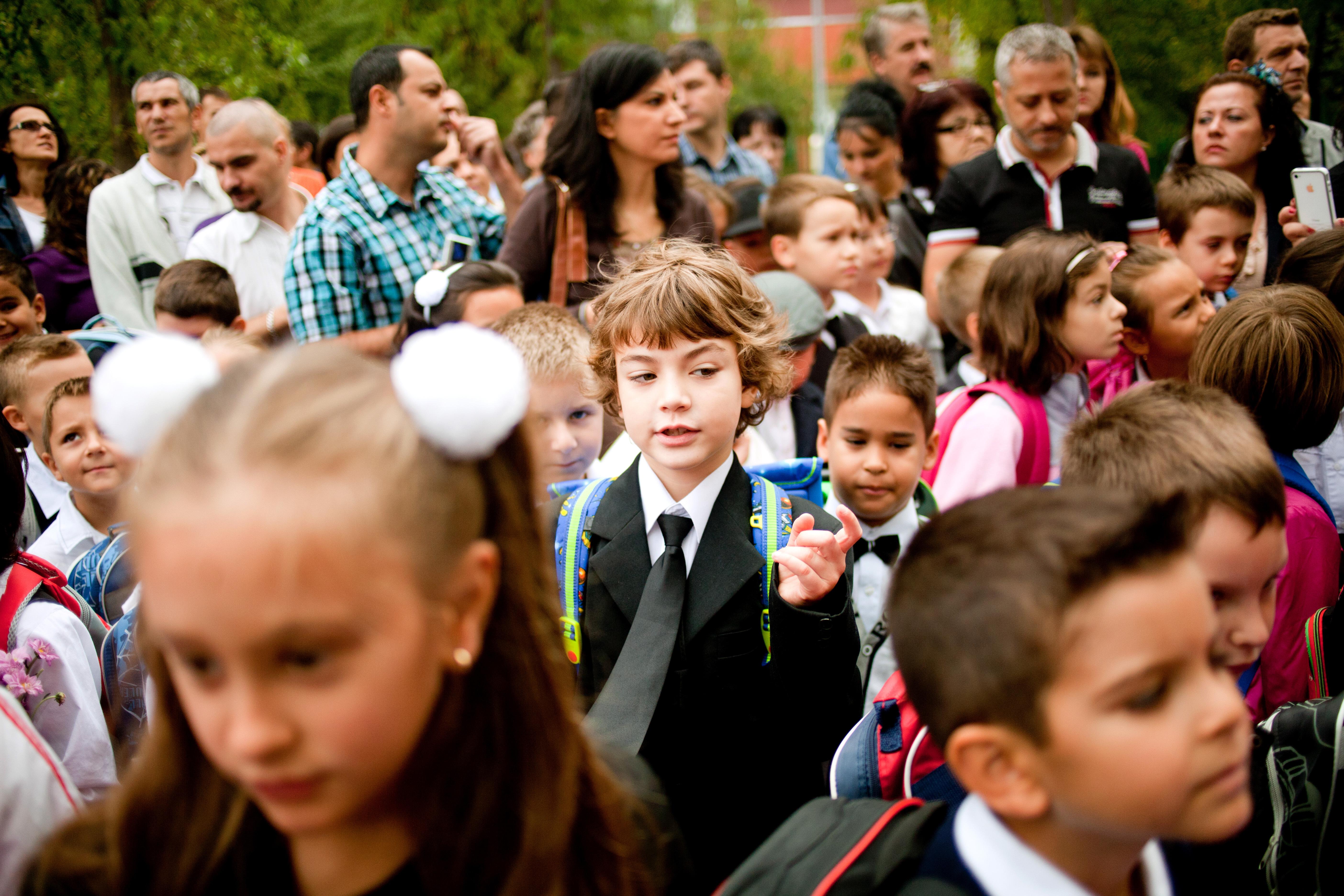 """Cum răspund profesorii la supraaglomerarea din şcoli: Steluţa Vlad, directoarea unei şcoli din sectorul 1: """"Avem doar doi profesori şi 72 de copii înscrişi"""""""