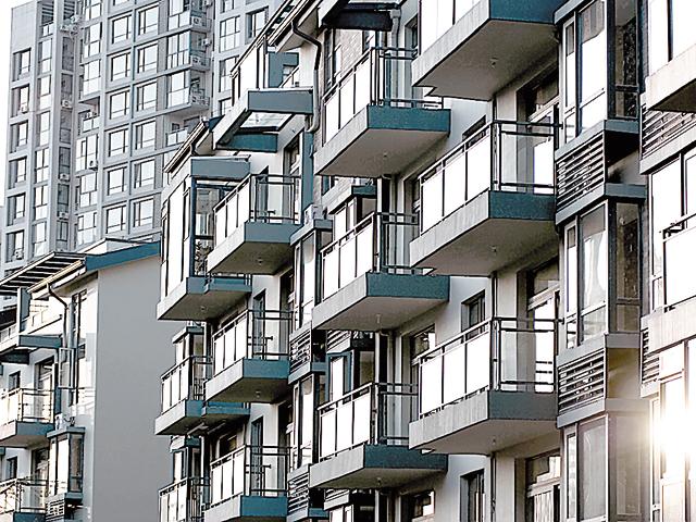 Ce salariu câştigă un evaluator imobiliar în România