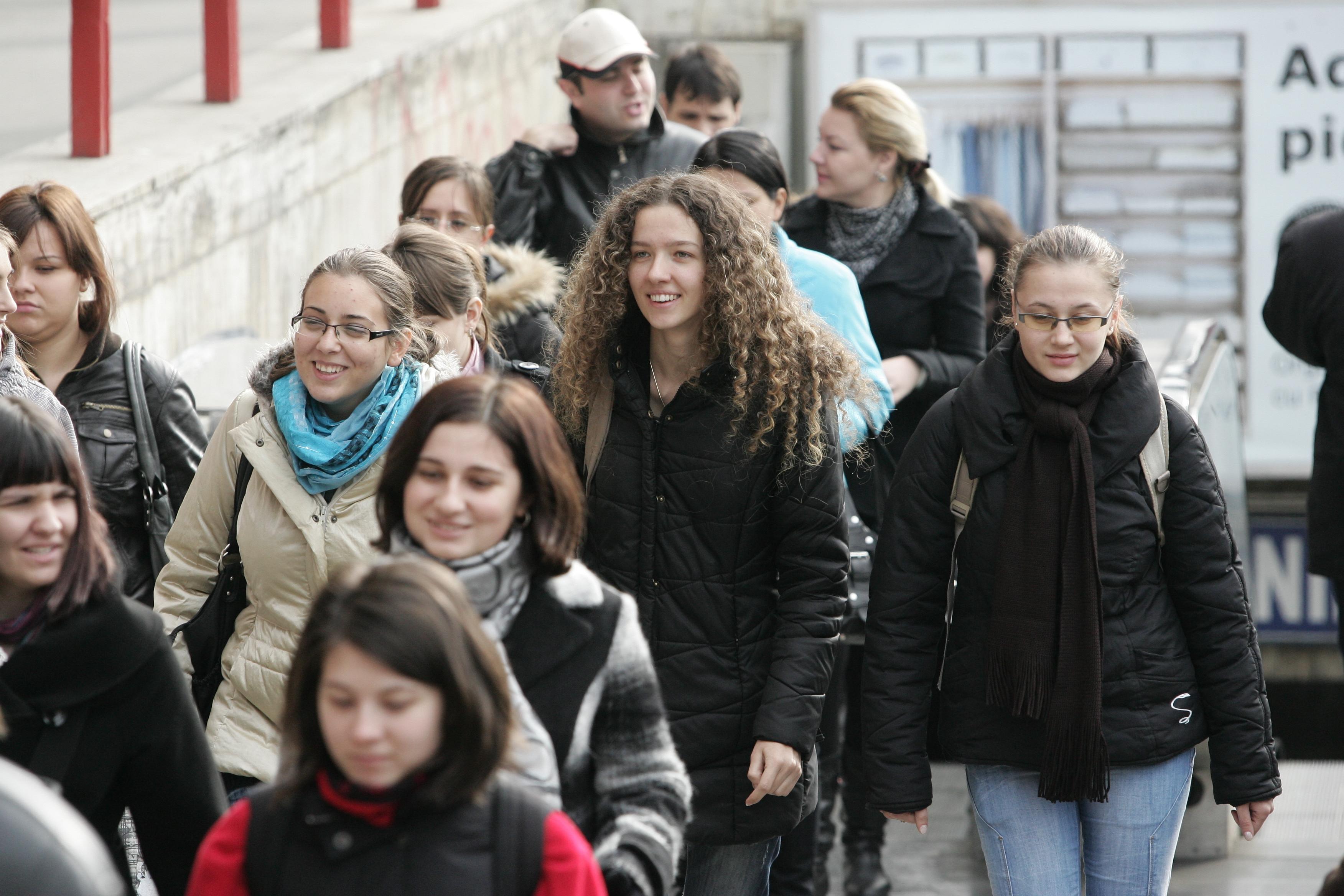 Drama din piaţa muncii: Criza şi restructurările au decimat numărul angajaţilor. Numărul de salariaţi din companiile româneşti a depăşit 4 milioane în 2017, dar este cu 340.000 mai mic decât în 2008