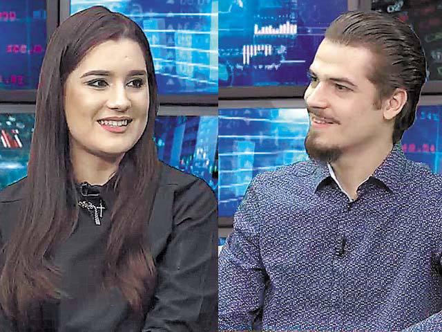ZF Live. Lorena şi Cosmin Vasile, absolvenţi de studii la Londra: Nu le-am spune tinerilor să nu plece în străinătate la studii, pentru că resursele sunt mult mai mari, dar ar putea să se întoarcă şi să îmbunătăţească ceea ce este aici. România are viitor