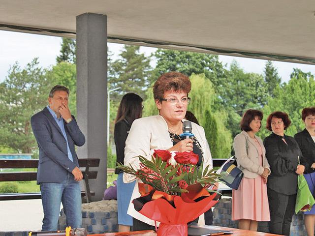 Dintr-o clasă de învăţământ dual cu 28 de elevi finanţată de Automobile Dacia, doar patru absolvenţi s-au angajat