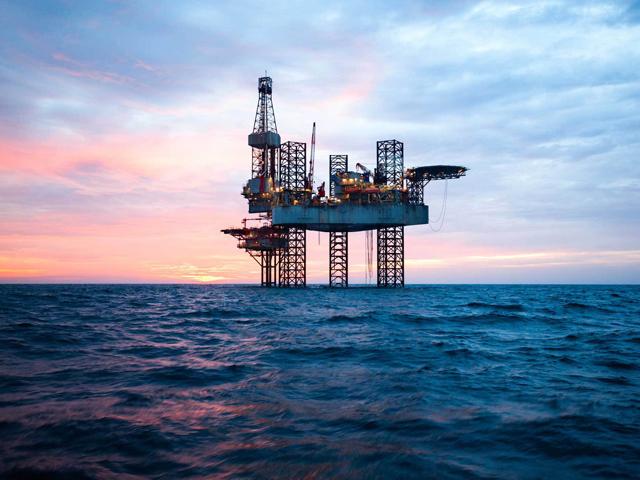 OMV Petrom vinde 60 de zăcăminte pentru a finanţa exploatarea la Marea Neagră