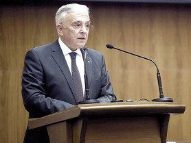 """Se temperează ritmul înăspririi politicii monetare Isărescu susţine că BNR nu poate să meargă """"în pas vioi"""" spre dobânzi real pozitive"""