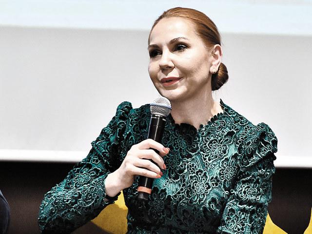 Creatoarea de rochii Natalia Vasiliev: Am reuşit datorită echipei, eu aleg oamenii intuitivi, după cum simt