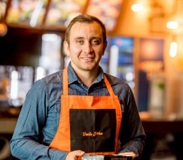 Alexandru Lascăr, cofondator Uncle John: Vrem să ne extindem în Capitală cu încă 4-5 unităţi proprii şi vizăm dezvoltarea în franciză cu 3-5 locaţii pe an
