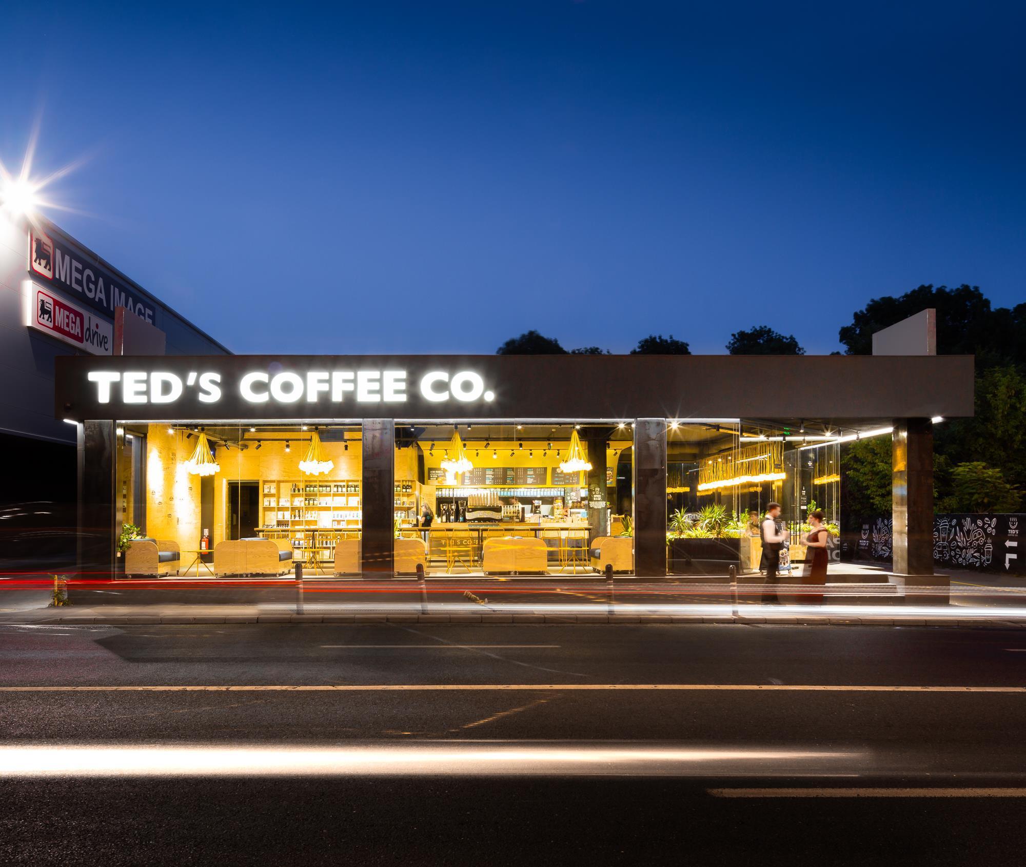 TED'S Coffee, fondat de antreprenorul Vasi Andreica, estimează pentru 2020 o cifră de afaceri de 5 milioane de euro , în avans cu 43%, şi o reţea de 40 de cafenele