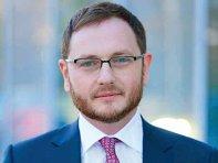ZF Live. Alexandru Bîrsan, Filip & Company: Tranzacţii mari nu am semnat în perioada aceasta, dar sunt multe tranzacţii mari care au continuat şi ar putea fi semnate în iunie. În perioada următoare, jucătorii din piaţa de fuziuni şi achiziţii