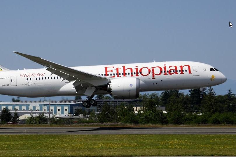 Un Boeing cu 149 de pasageri S-A PRĂBUŞIT după decolare în Etiopia