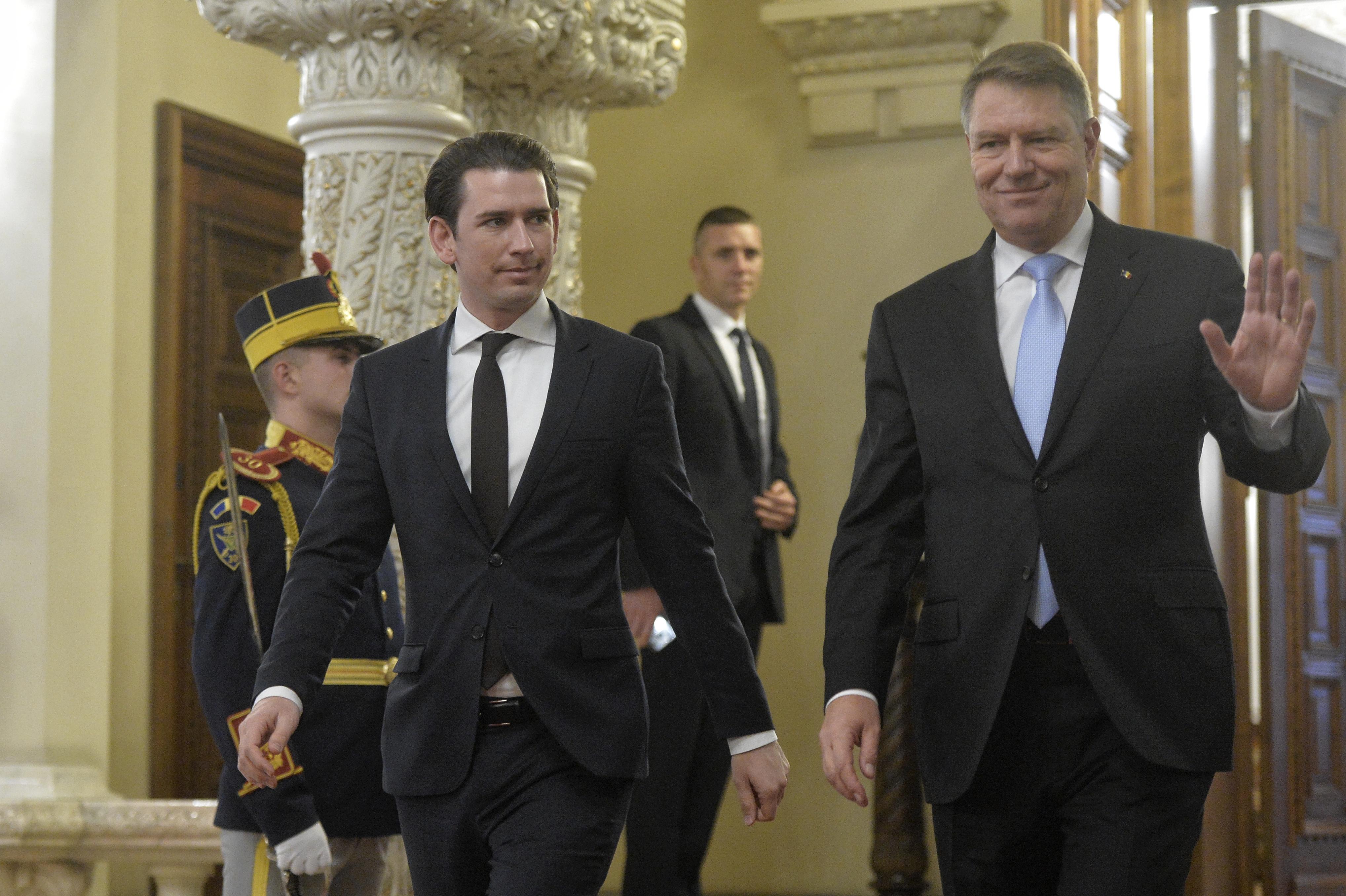 Preşedintele Iohannis şi ministrul Meleşcanu lucrează împreună, dar se înţeleg separat