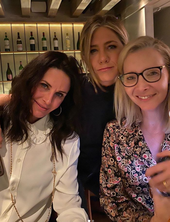 De ce s-au reunit Jennifer Aniston, Courteney Cox şi Lisa Kudrow