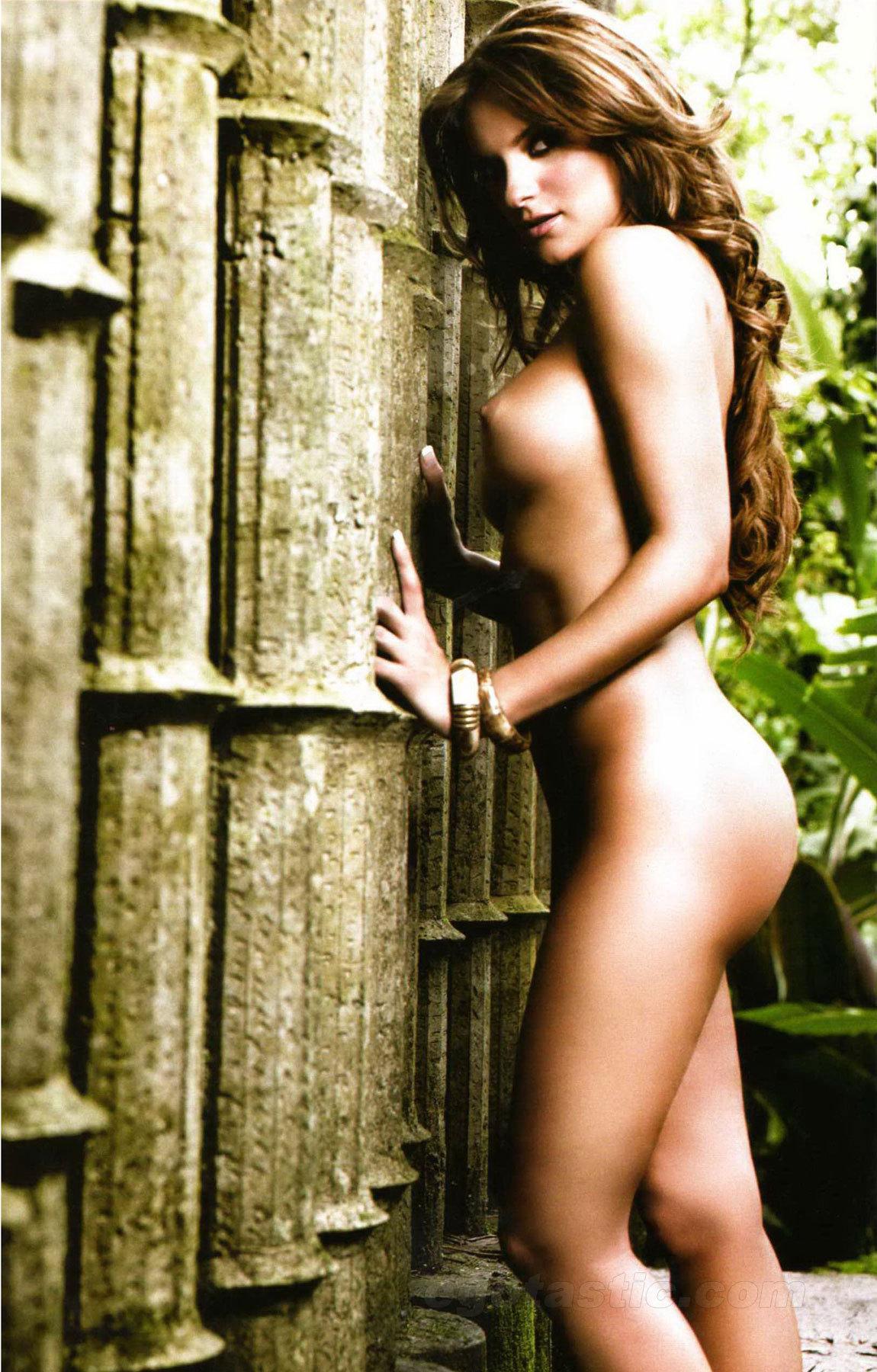 mariana seoane totally naked