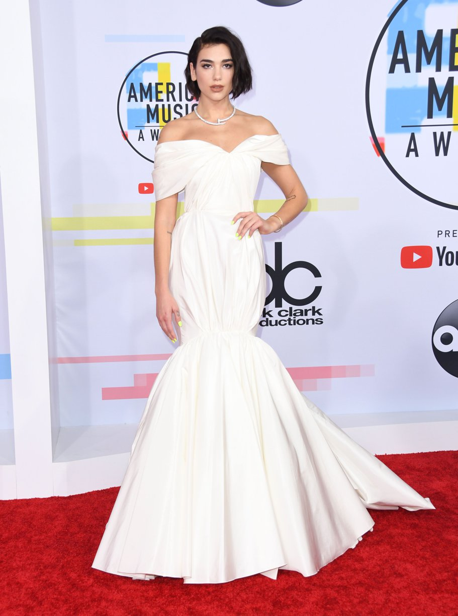 Dua Lipa la American Music Awards