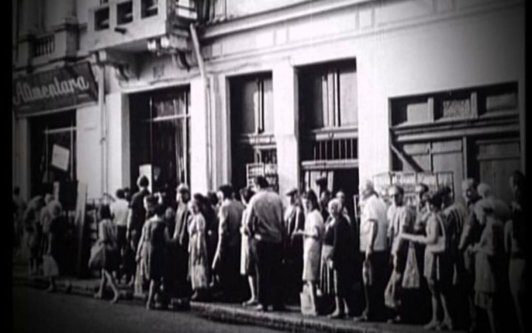 """""""Deceniul negru"""" - începutul sfârşitului regimului comunist"""