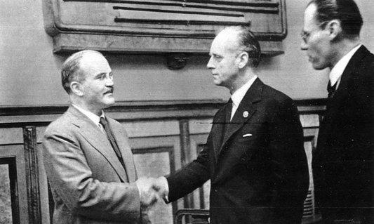 La Congresul al XIV-lea al PCR, Ceauşescu a cerut anularea Pactului Ribbentrop-Molotov (Partea a III-a)