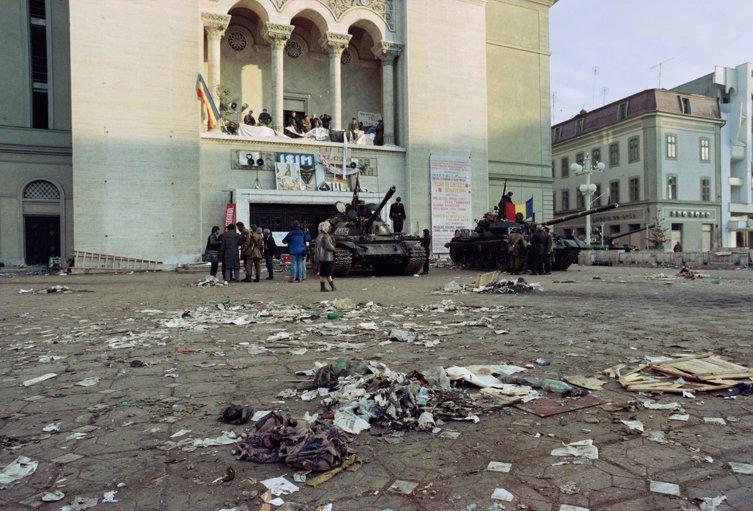 18 decembrie 1989, Timişoara. Visul libertăţii făcut scrum, la ordinele Elenei Ceauşescu | VIDEO