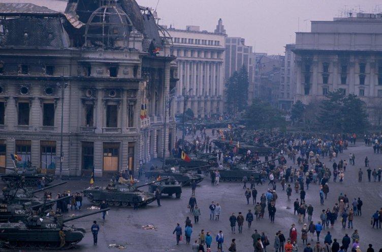 """VIDEO """"În căutarea revoluţiei pierdute"""". Mărturii la 30 de ani de la Revoluţia Română din 1989. EXCLUSIV"""