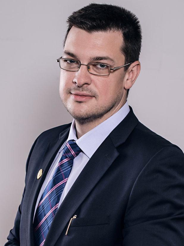 MAS Talks: Despre noile legi ale securităţii, eficienţa achiziţiilor pentru dotarea armatei şi locul României în apărarea comunitară