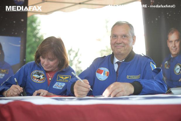 VIDEO | Dumitru Prunariu – interviu 39 de ani de la primul zbor în spaţiu