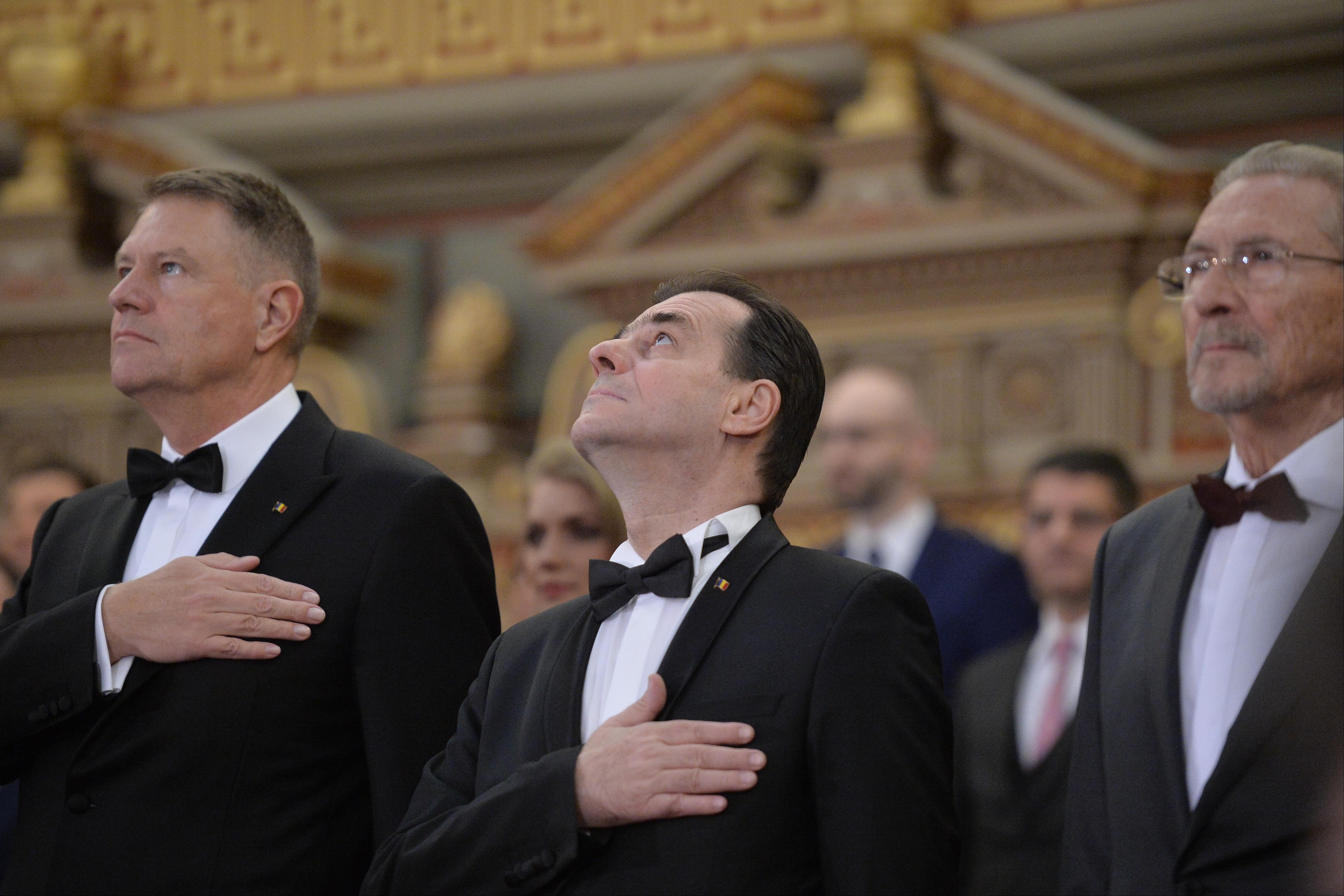 În scenă intră Klaus Iohannis. Desemnarea candidatului la postul de premier, prim pas pentru nou Guvern sau pentru anticipate