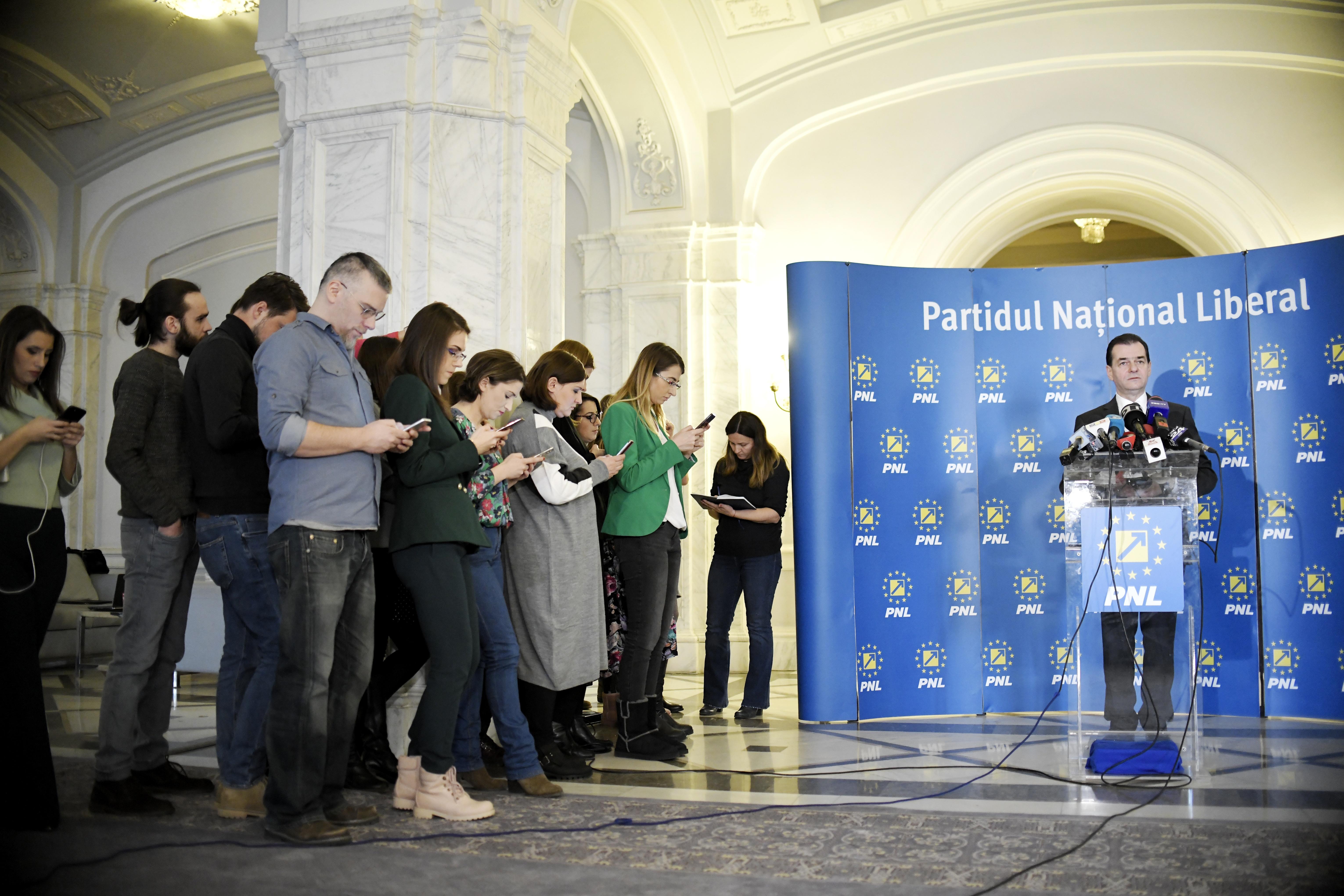 PNL câştigă la votul politic în Bucureşti. Sondaj CURS, înainte ca Nicuşor Dan să fie anunţat de PNL