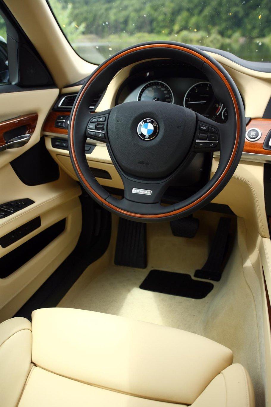 Luxul Pragmatic Bmw 740d Xdrive Individual