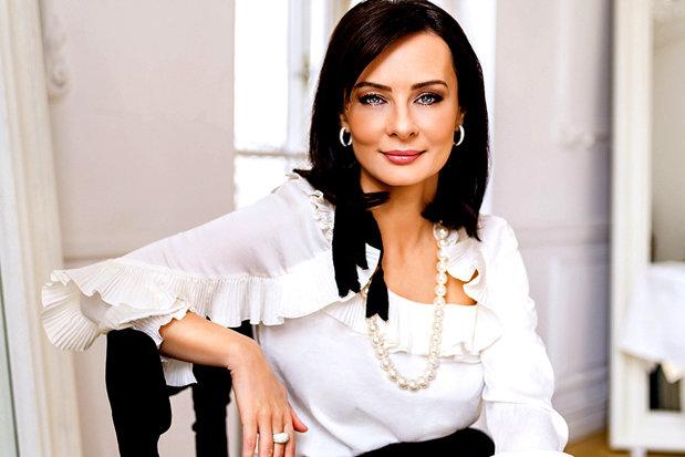 femeie milionar cauta tineri