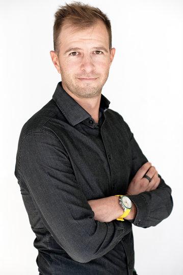 Cine este Tudor Mihăilescu, omul responsabil de bugetul de investiţii al celui mai puternic retailer online din România, eMAG. Cum a ajuns în acest rol şi ce plănuieşte să facă mai departe