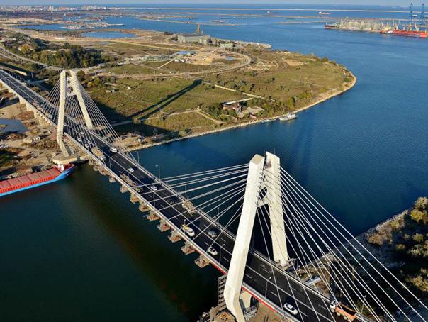 Noul pod de la Agigea, inaugurat după o întârziere de aproape zece luni
