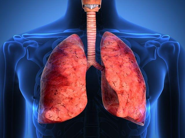 Românii pot afla printr-un test online dacă au simptome de cancer pulmonar