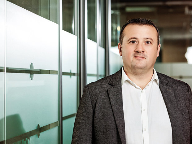 Tineri manageri de top 2018: Cosmin Nan, sales director project partners, Schneider Electric România