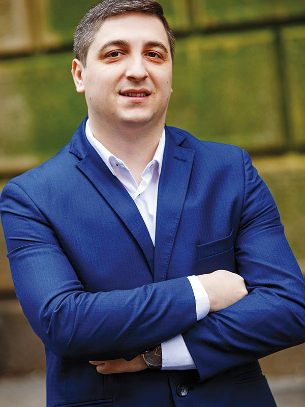 Tineri manageri de top 2018: Adrian Enache, CEO OmniPERFORM (RO) şi Angels Den Funding Limited (UK)