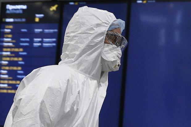 Poliţia Capitalei caută un bărbat bănuit de infectare cu noul virus, care a fugit din spital