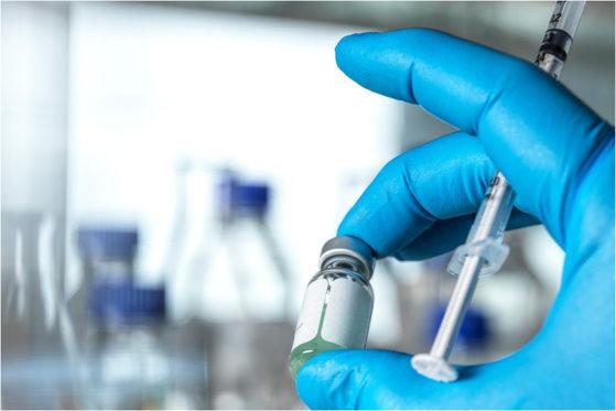 Israelul a autorizat importul vaccinului COVID-19 produs de Moderna