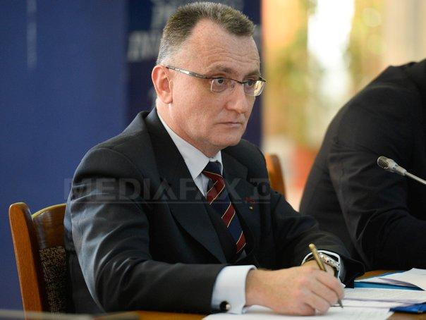 Anunţul lui Sorin Cîmpeanu despre începerea şcolii, după şedinţa de Guvern