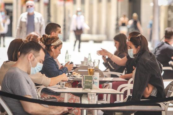 De luni vor fi relaxate mai multe măsuri restrictive în Capitală