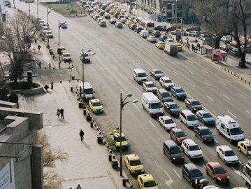 Cea mai bună veste pentru toţi oamenii care vor să îşi cumpere o maşină în România. Ce surpriză le pregăteşte statul român