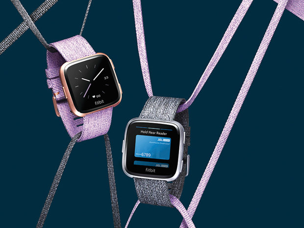 Gadget Review: Fitbit Versa, alternativă la Apple Watch